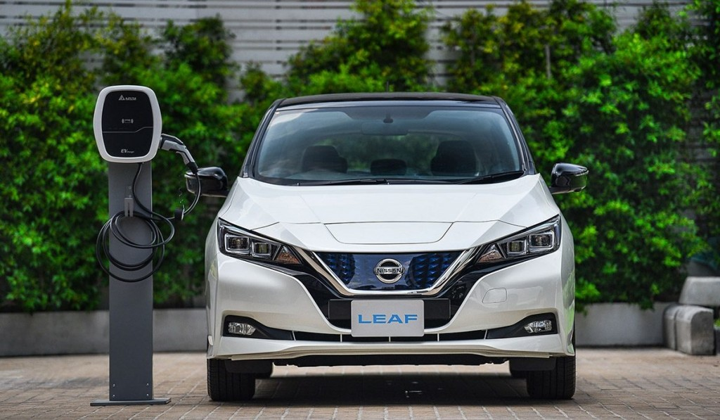 News-Nissan-showcases-electrification-1200x700-04.jpg.ximg.l_12_m.smart